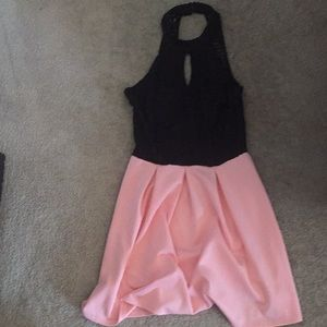 pink and black sleeve-less dress